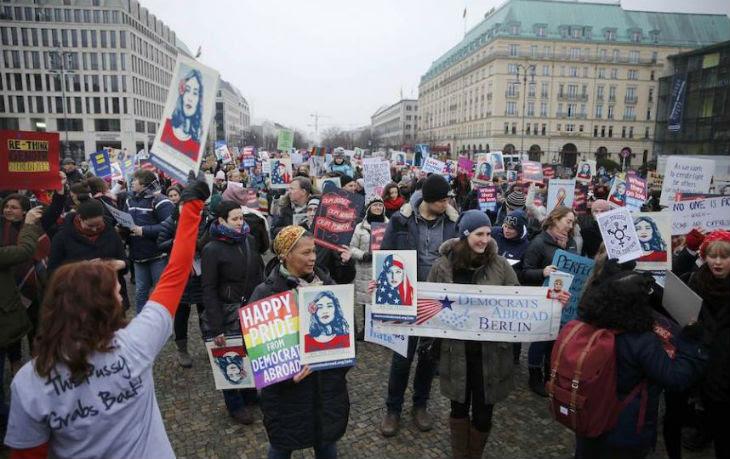 [Vidéo] Malaise sur BFMTV : André Bercoff confirme « Les manifestants anti-Trump sont payés par Soros. Ils sont payés 200 $ de l'heure »