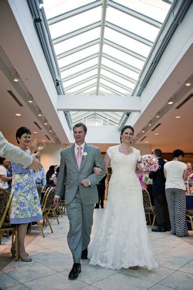 Capitol Wedding: Elizabeth & Henry's Personalized, Small