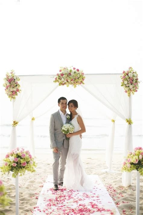weddings  pictures gorgeous tropical island wedding