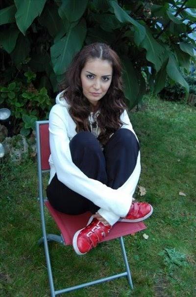 Style رشا بطلة المسلسل التركي الحب المستحيل
