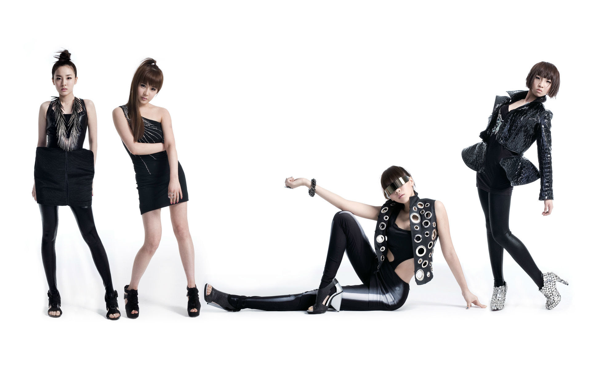 2ne1 2018 Wallpapers 65 Background Pictures