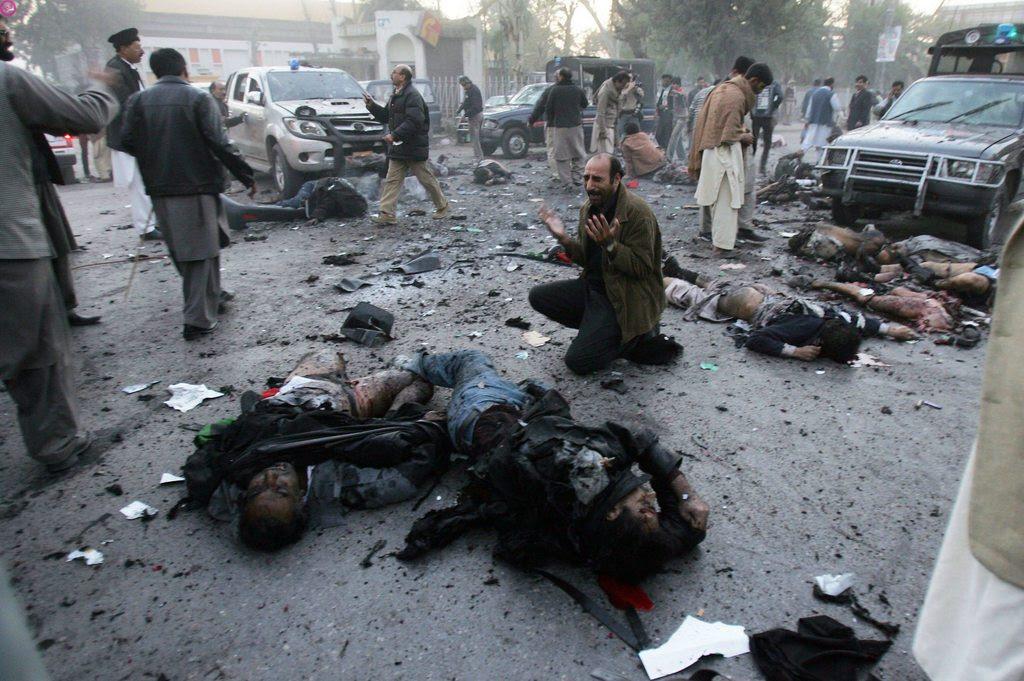 Η Μπεναζίρ Μπούτο (πρώην Πακιστανού πρωθυπουργού): που σκοτώθηκε το Δεκέμβριο  27, 2007 από αγνώστους
