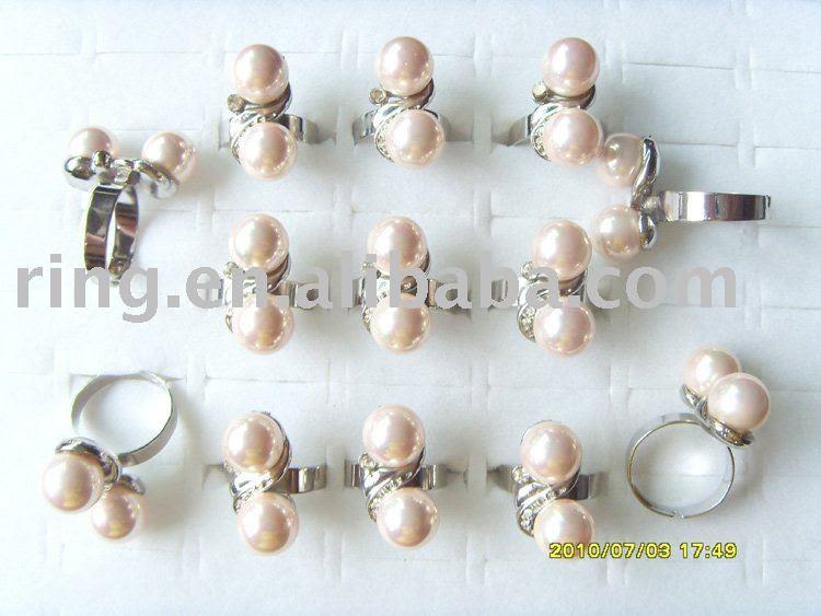 charming Australia Rhinestone imitate pearl wedding rings diamond rings