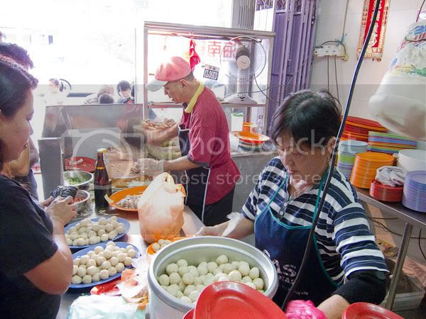 Staffs at Huang Chang Chicken Rice Restaurant