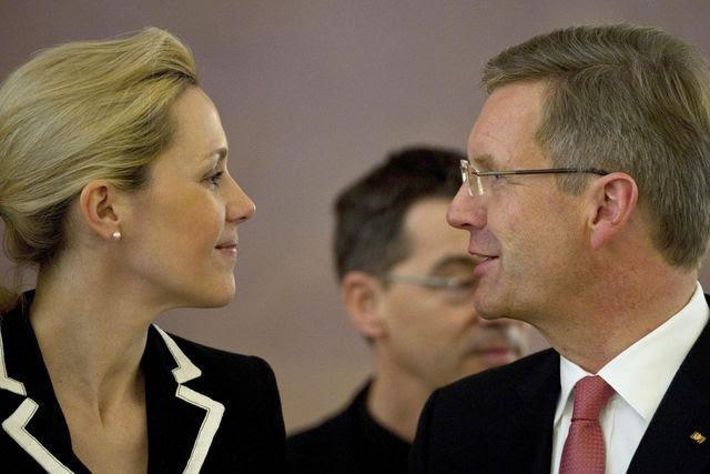 Gute Miene: Bettina und Christian Wulff in Berlin am 6. Januar 2012.