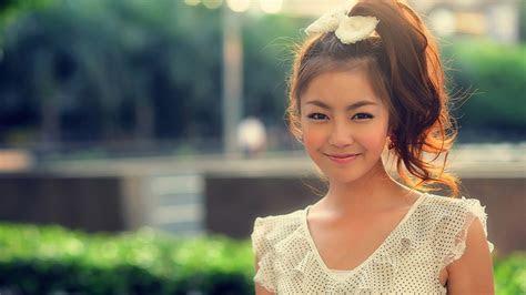 full hd wallpaper curly model smile cute dress desktop