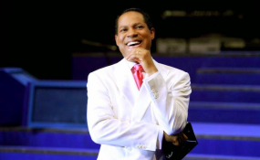 Pastor Chris Oyakhilome of Nigeria