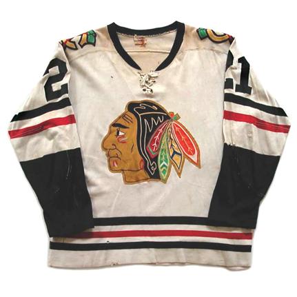 Chicago Black Hawks 1959-60 jersey photo ChicagoBlackHawks1959-60Fjersey.jpg.png