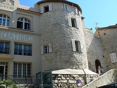 une entrée de la vieille ville.jpg