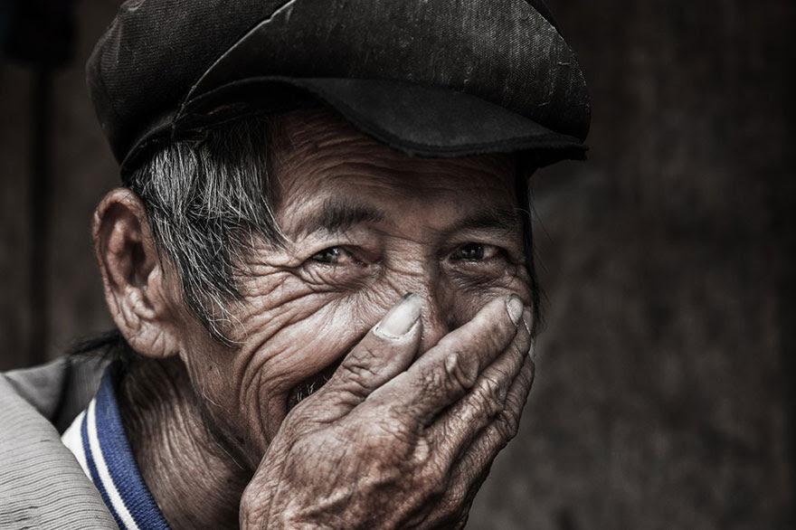 retratos-sonrisas-escondidas-rehahn-vietnam (8)