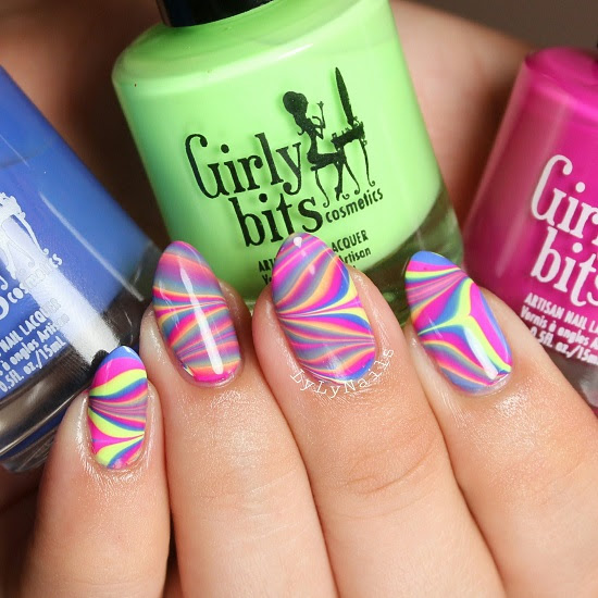 girly-bits-water-marble-lyly-nails-550x550.jpg
