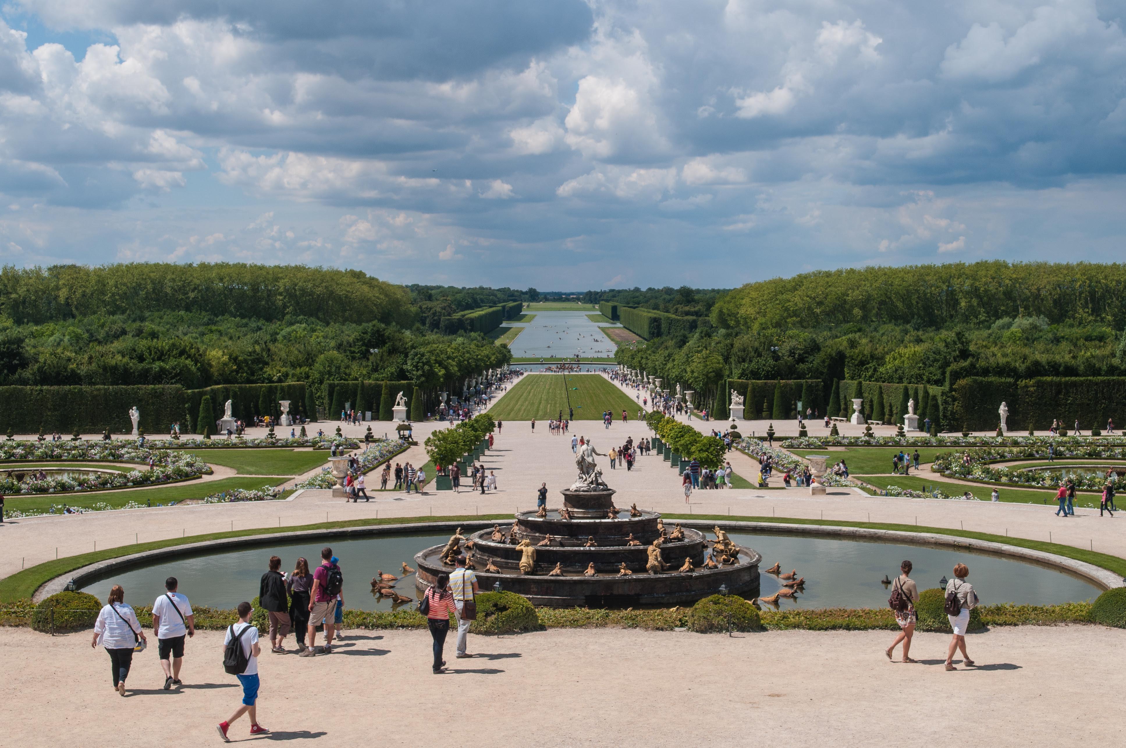 Jardins A La Francaise Chateau De Versailles