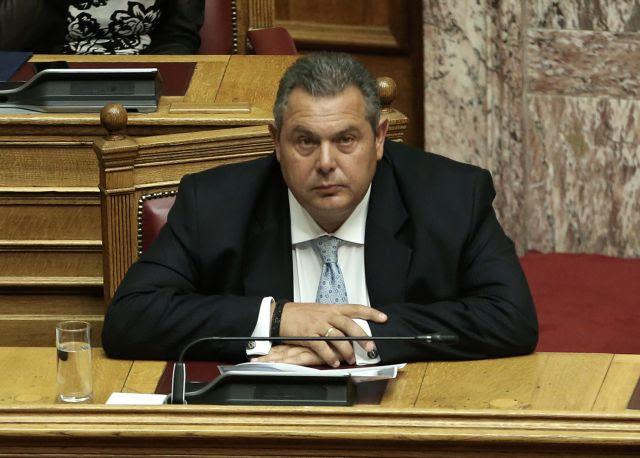 Καμμένος: Παραμένουμε στην κυβέρνηση για να αντισταθούμε στη συμφωνία | in.gr