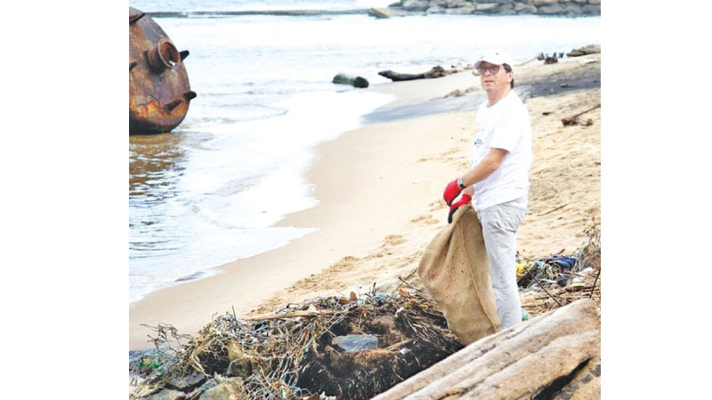 EU, UNOPS, MEPA beach clean-up