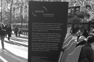 Pause Market St - Sign