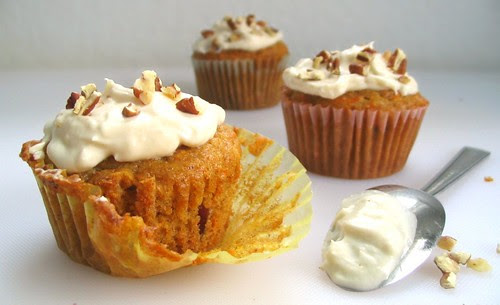 Carrot Cupcake with Maple Cream Cheese Frosting