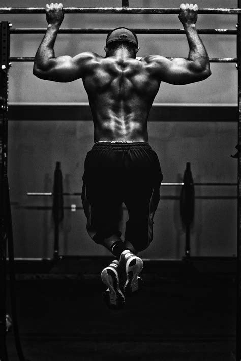How Do You Do 4000 Pull Ups In 24 Hours? | by Erik Brown