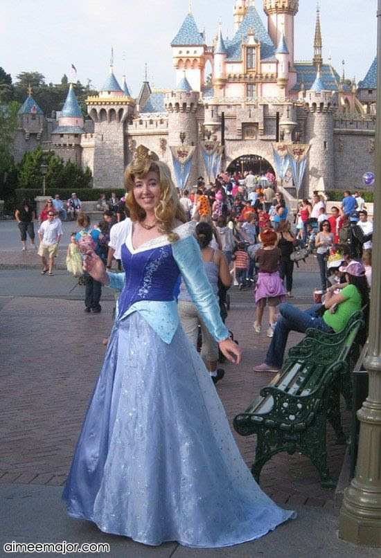 Disney's Sleeping Beauty costume by Aimee.  More details here: http://aimeemajor.com/wp/costumes/movies-tv/sleeping-beauty-costume/