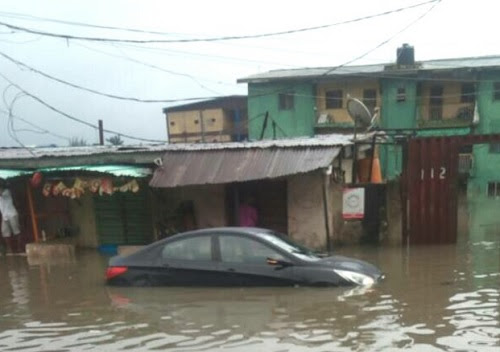 Torrential Rainfall: Residents Cry Out as Massive Floods are Exhuming Corpses from the Cemetery