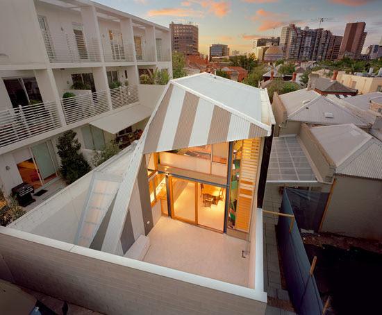 fiona winzar architects: eyelid house