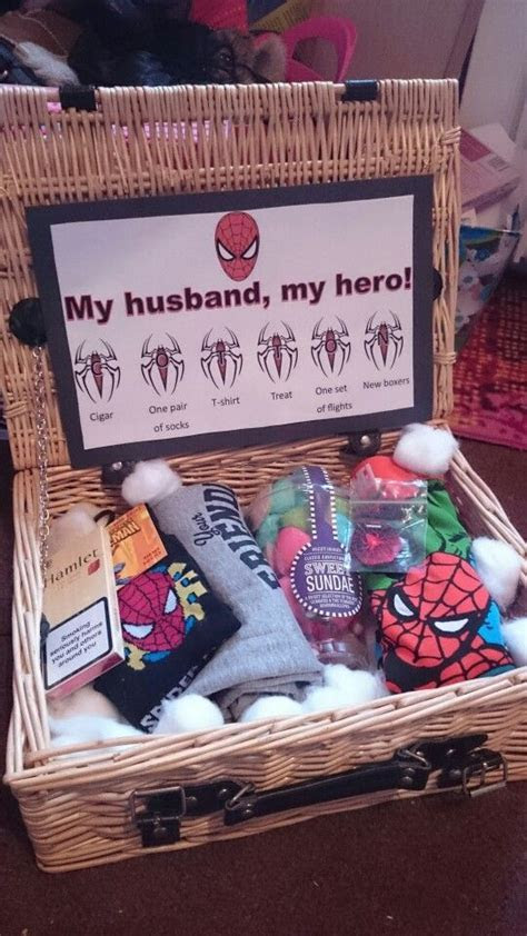 Best 25  Anniversary gifts ideas on Pinterest   Boyfriend