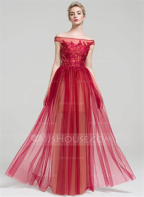 A Line/Princess Off the Shoulder Floor Length Tulle Prom