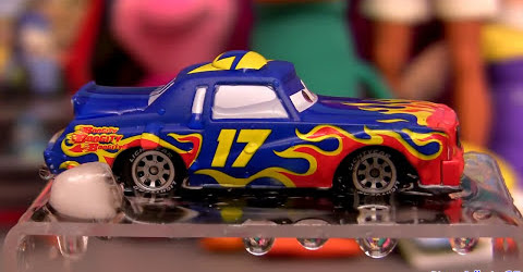 Color changing cars Purple Darrell Cartrip from Disney colour changers shifters Pixar Mattel