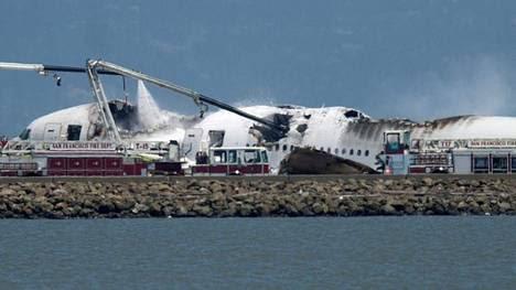 Se estrelló un avión en San Francisco