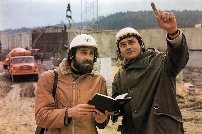 Αλματα στην επιστήμη και την τεχνολογία. Το 1987, στην ΕΣΣΔ υπήρχαν πάνω από 1,5 εκατ. επιστήμονες ή το ένα τέταρτο του παγκόσμιου επιστημονικού δυναμικού