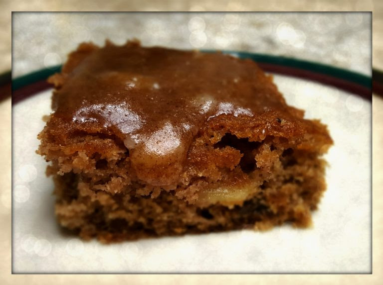 Gluten Free Autumn Apple Spice Cake