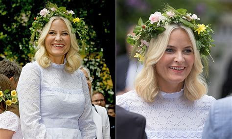 Princess Mette Marit of Norway gives us summer vibes in