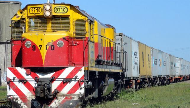 Conexión. La idea es conectar con una vía de seis kilómetros con la traza que pasa por Sarmiento. (Archivo / La Voz)