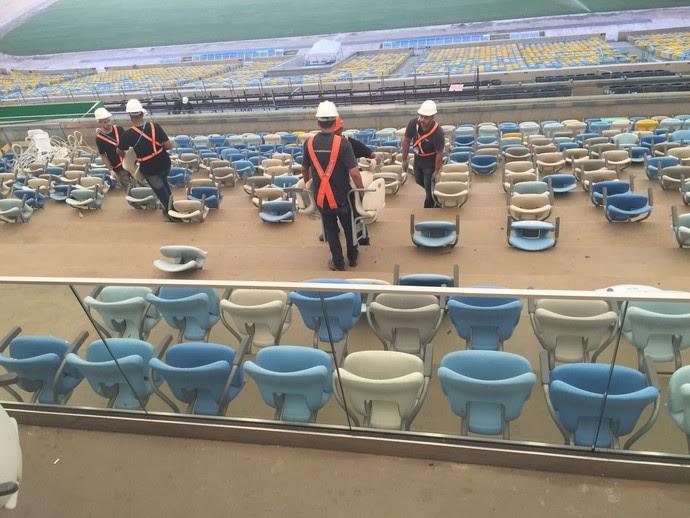 Operários Cadeiras Maracanã (Foto: Felippe Costa)