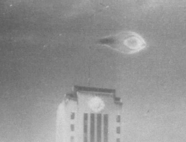 cityhall cropped O estranho #ovni capturado em 1937 sobre a prefeitura de Vancouver