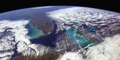 retired astronaut chris hadfield releases stunning space