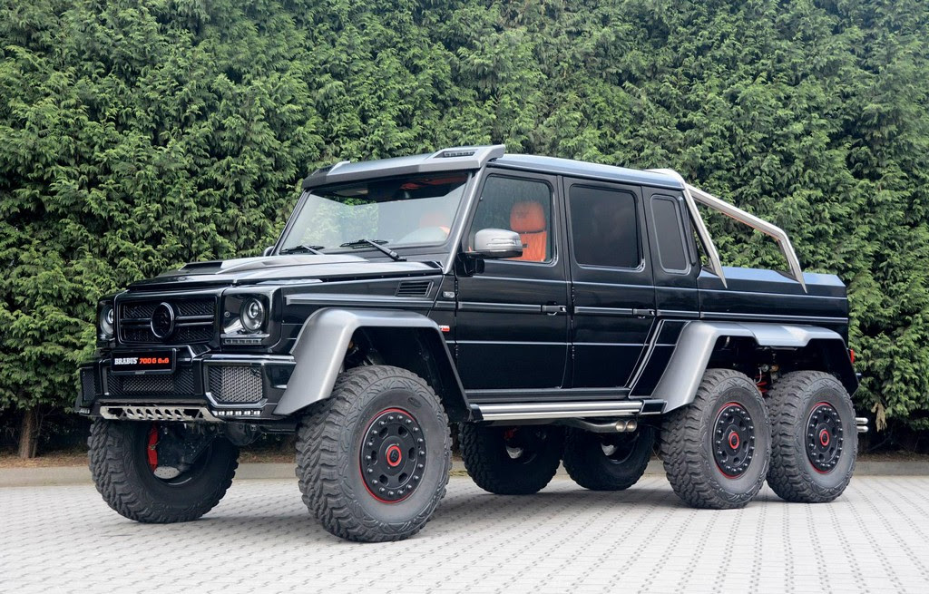 Brabus 700 6x6: Live Photos from Bottrop
