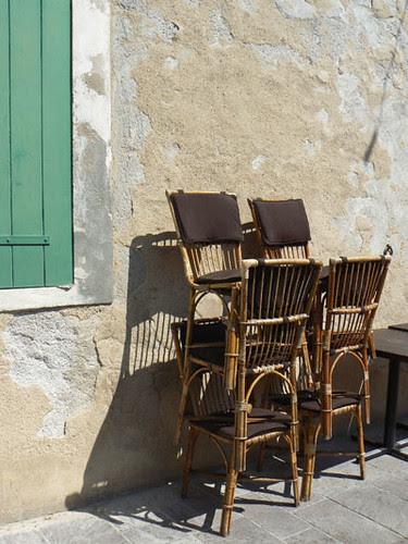 chaises à Antibes.jpg