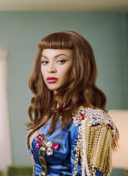 beyonce retro hairstyle  short blunt bangs
