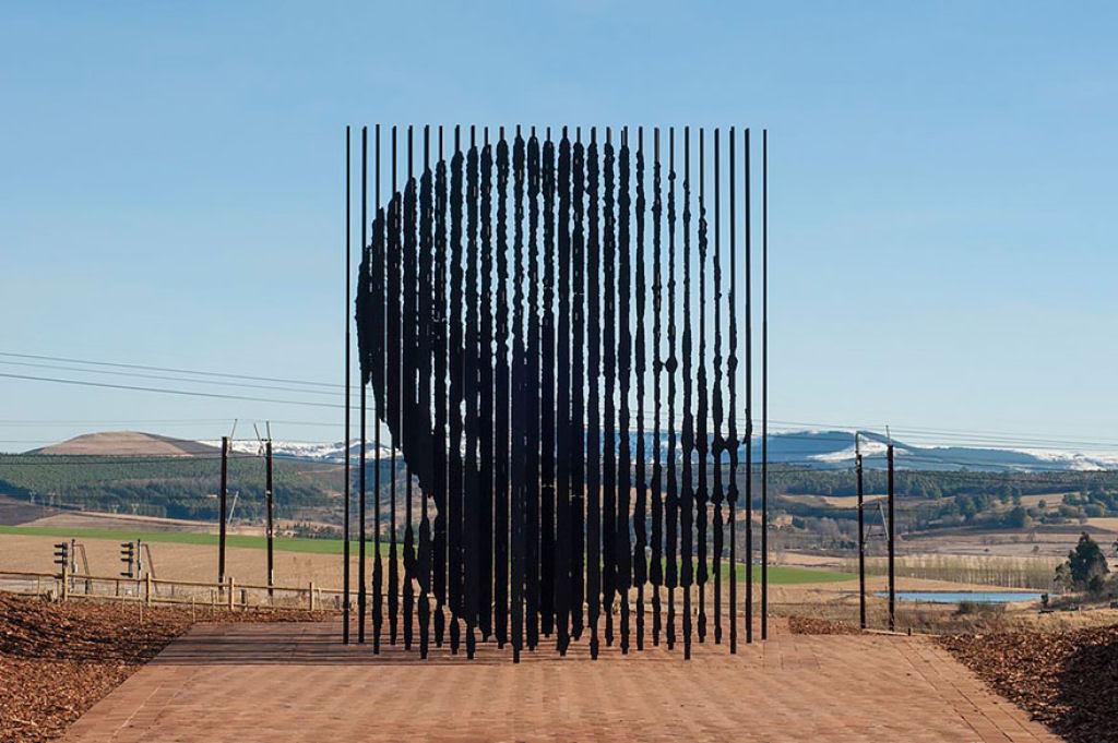 25 esculturas e estátuas criativas de todo o mundo 12