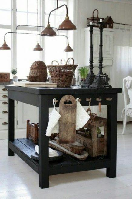 Stoere werkbank in de keuken | Inrichting-huis.com