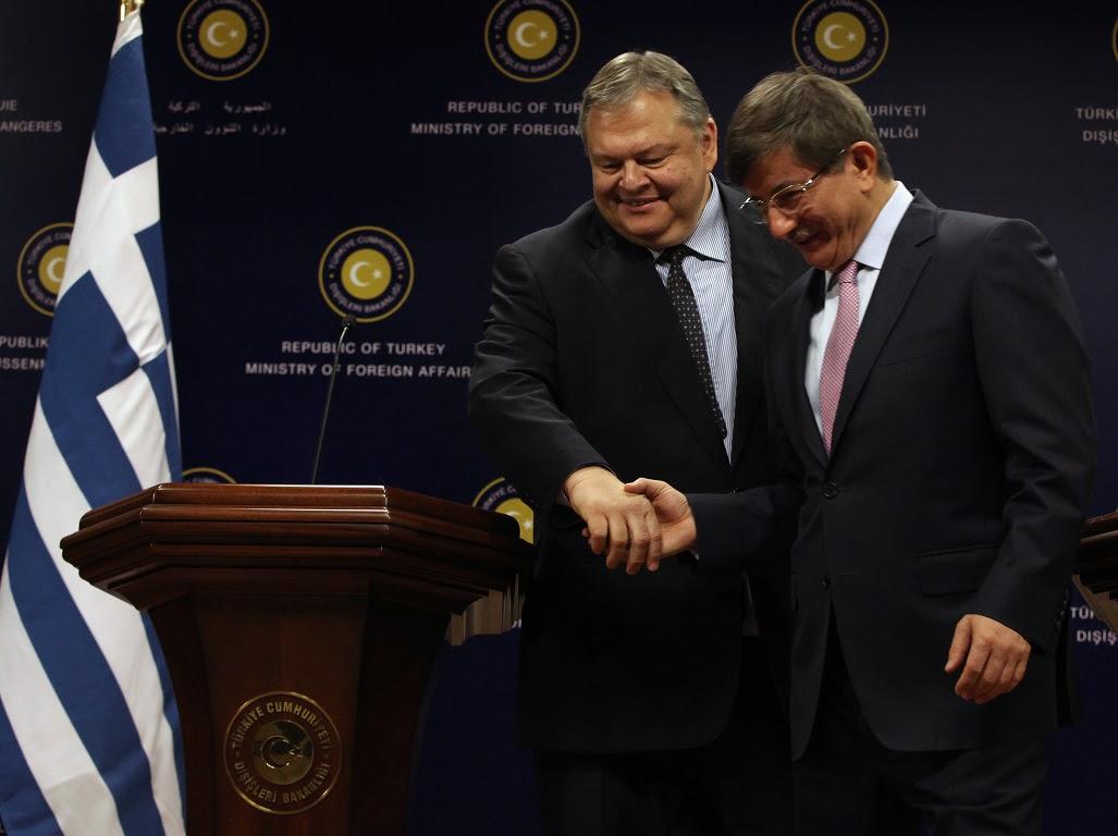Κάτι δεν πάει καλά με την ελληνική εξωτερική πολιτική;