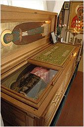 Рака с мощами преподобного в Христорождественском храме г.Тотьмы
