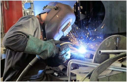 What Steps To Take To Become A Professional Welder ...