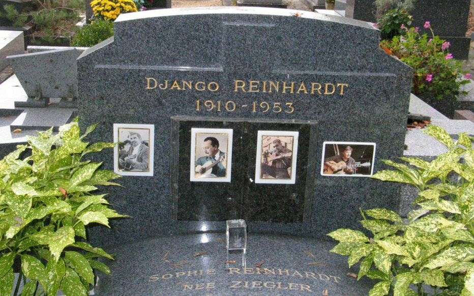 Illustration. Django Reinhardt a été inhumé à Samois-sur-Seine, au côté de ses fils Lousson et Babik, ainsi que son frère Joseph, sa mère Laurence et sa deuxième femme Sophie.