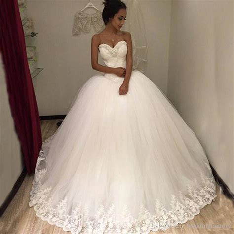 2017 Puffy Tulle Ball Gown Wedding Dresses Beaded
