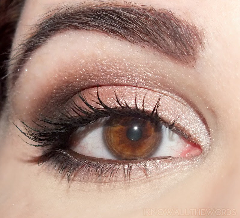 wearing Avon Eye Dimensions Eyeshadow in Neutral Haze (2)