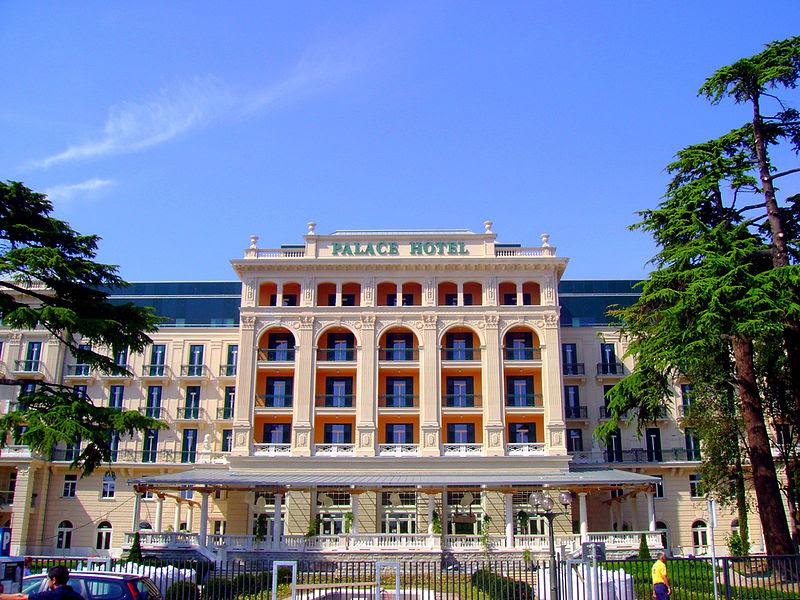 Archivo: Palace Hotel, Portoroz, Slovenia.jpg