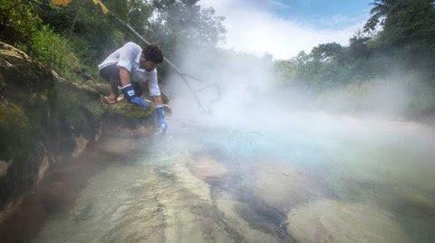 Las aguas de este río alcanzan una temperatura de 86 grados centígrados.