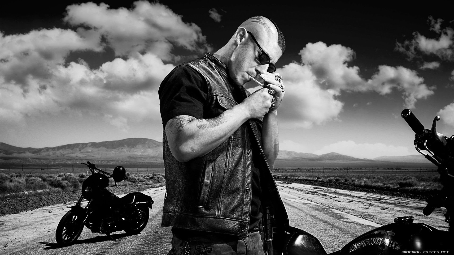 Sons Of Anarchy Monochrome Tv Series 1920x1080 Wallpaper