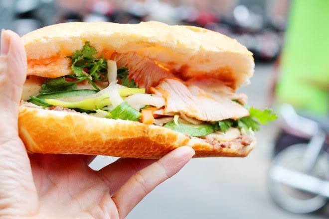 9 xe bánh mì trứ danh của Sài Gòn 9